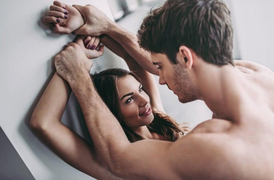 Как мне поговорить со своим партнером о сексе?